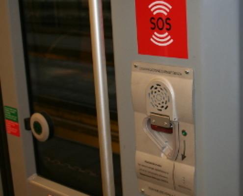 Intefono montato sui nuovi treni ATM modello Meneghino